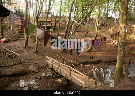 Bilston Glen Woodland Camp August 2005 feature on campdwellers staging a protest to block the constructioin of a - Stock Photo
