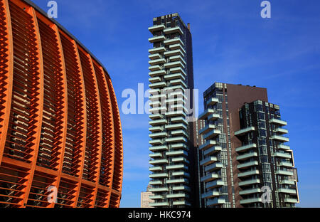 Italy, city of Milan, city center, modern high-rise buildings in Porta Nuova and the UniCredit Pavillion - Stock Photo