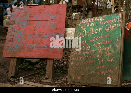 Signs at bilston Glen, Scotland, protest site - Stock Photo