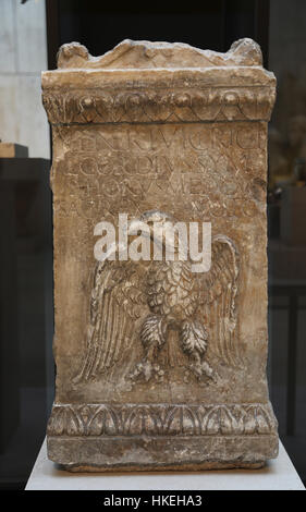 Roman altar dedicated to Venus. Marble. Late 2nd century. Augusta Emerita, today Merida, Badajoz. Spain. - Stock Photo