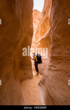 Woman mountain Hiker with backpack enjoy view in Sinai desert - Stock Photo