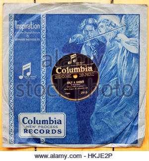 Old 78rpm 1927 Gramophone record in original sleeve - Stock Photo