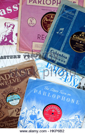 Old 78rpm gramophone records and sleeves - Stock Photo