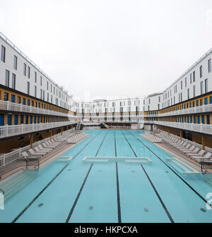 France paris hotel molitor swimming pool opening in may for Piscine molitor