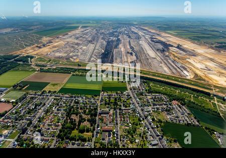 Brown coal surface mining Garzweiler, energy generation, brown coal mining area, Jüchen, Niederrhein, North Rhine - Stock Photo