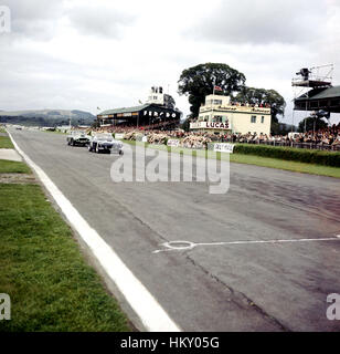 1960 Stirling Moss GB Ferrari 250GT Goodwood Tourist Trophy 1st & Innes Ireland GB Aston Martin DB4GT 3rd GG - Stock Photo