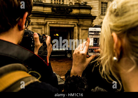 Cardiff, UK. 30th January, 2017. Members of the media outside Cardiff City Hall as Prime Minister Theresa May chairs - Stock Photo