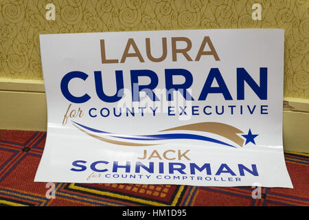 Uniondale, USA. 30th Jan, 2017. A sign supporting Democrats Laura Curran, candidate for Nassau County Executive, - Stock Photo