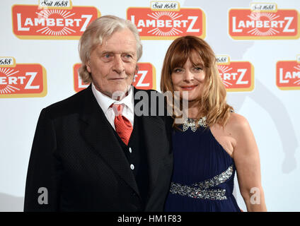 Cologne, Germany. 30th Jan, 2017. Actors Rutger Hauser (L) and Nastassja Kinski (R) at the Lambertz Monday Night - Stock Photo