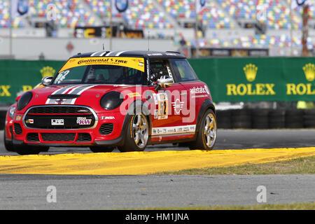 Daytona Beach, Florida, USA. 26th Jan, 2017. January 26, 2017 - Daytona Beach, Florida, USA: The MINI JCW Team goes - Stock Photo