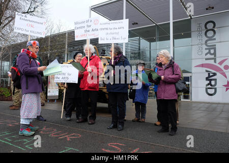Hereford, UK. 1st February 2017. Protesters demonstrate outside the Herefordshire Defence and Security Expo ( HDSE - Stock Photo