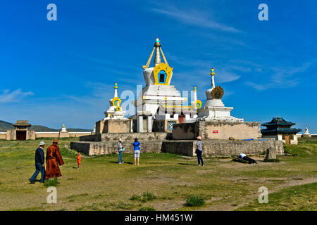 Visitors at the Golden Stupa, Bodhi Suburgan, Erdene Zuu, Kharkhorin, Övörkhangai Aimag, Mongolia - Stock Photo