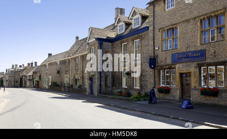 Cotswold stone property in Stow on the Wold, a picturesque Cotswold town in Gloucestershire - Stock Photo