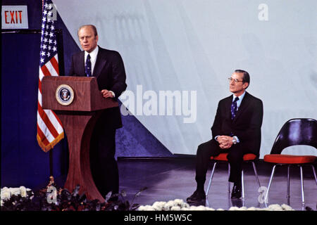 United States President Gerald R. Ford makes remarks at the swearing-in ceremony for George H.W. Bush as Director - Stock Photo