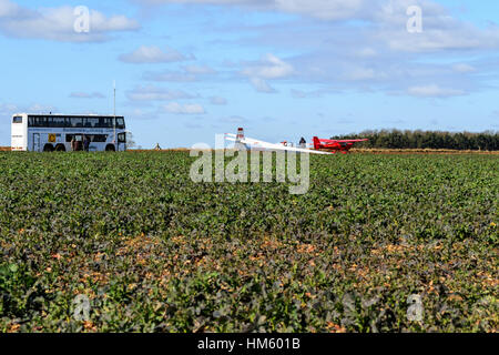 Buckminster gliding club with control bus, glider and tug aircraft - Stock Photo