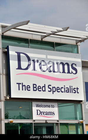 Dreams Bed Specialists Superstore, Staples Corner Retail Park, London, UK    Stock Photo