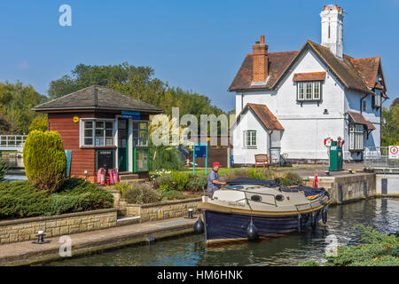 A Boat In Goring Lock Goring On Thames Oxfordshire  UK - Stock Photo