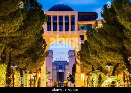France, Occitanie, Montpellier, Modern architecture of Quartier Antigone - Stock Photo