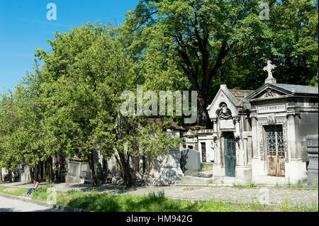 France, Paris 20th district. Pere Lachaise cemetery - Stock Photo