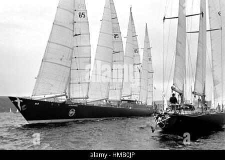 AJAXNETPHOTO. 6TH JUNE,1976. PLYMOUTH, ENGLAND. - OSTAR 1976 - THE HUGE 236FT CLUB MEDITERRANEE SKIPPERED BY ALAIN - Stock Photo