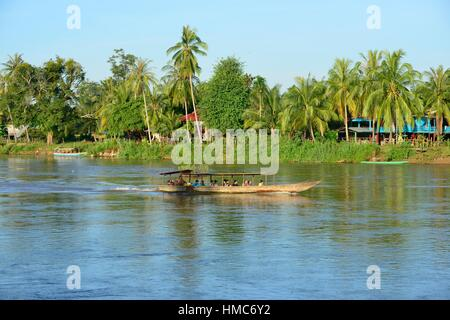 The Mekong river in Don Khon, Laos, South East Asia. - Stock Photo