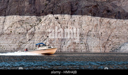 Lake Mead National Recreation Area, Nevada, USA. 12th Jan, 2016. A boat speeds along at Lake Mead on Tuesday, Jan. - Stock Photo