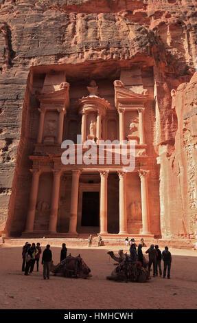 The Khazne al-Firaun, Chaznat al-Firaun, Al-Khazneh, treasure house of the Pharaoh, a mausoleum struck from the - Stock Photo