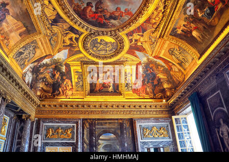Palace of versailles salon de la paix stock photo royalty for Salon versailles 2016