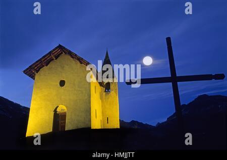 Saint-Romain Chapel, Puy-Saint-Vincent, Hautes-Alpes department, Provence-Alpes-Cote d´Azur region, France, Europe. - Stock Photo