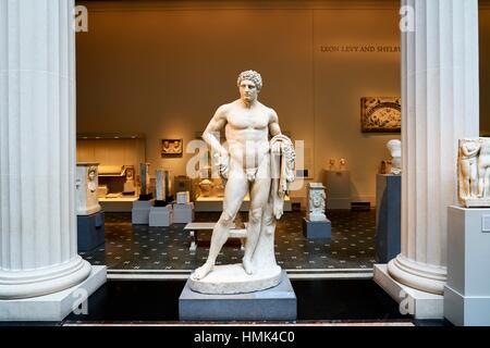 Greek and Roman Art Wing. The Metropolitan Museum of Art, Manhattan, New York City, USA - Stock Photo