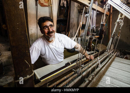 Weaver at work in Hama, Syria - Stock Photo