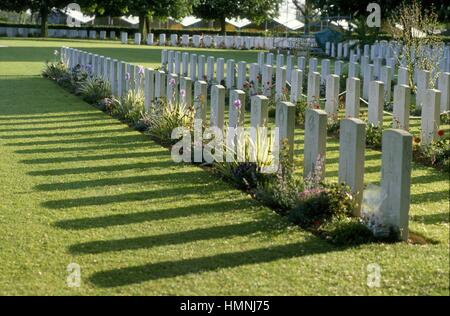 Normandy (France), sites of allied landing of June 1944, British military cemetery in Bayeux    - Normandia, i luoghi - Stock Photo