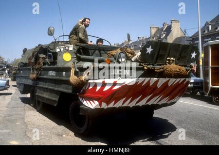 Normandy, war veterans and collectors of vintage military vehicles participate the yearly ceremonies for the commemoration - Stock Photo