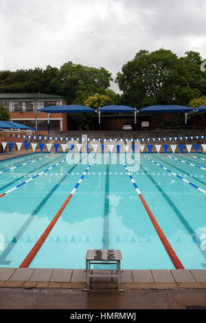 Johannesburg south africa 26th jan 2017 pupils in a classroom in stock photo 133287017 alamy for Public swimming pools in johannesburg