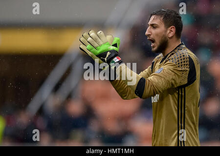 Milan, Italy. 5th Feb, 2017. Gianluigi Donnarumma of AC Milan gestures during the Serie A football match between - Stock Photo