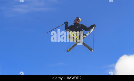 Aspen CO, USA. 26th Jan, 2017. OYSTEIN BRAATEN flies through the air during his warm up run for the Men's Ski Slopestyle - Stock Photo