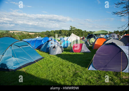 Tents and teepees in the c&site field at the Port Eliot Festival Cornwall - Stock Photo & Tents teepees and caravans in the campsite at the Port Eliot ...