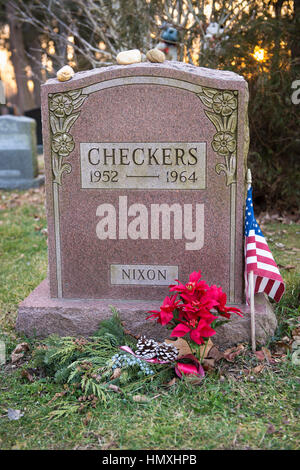 Wantagh, New York, USA. February 5, 2017.  CHECKERS (1952 - 1964), President Richard Nixon's pet dog, is buried - Stock Photo