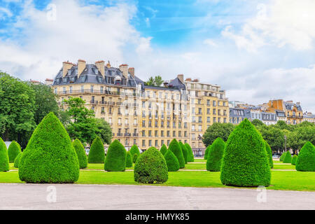 Park near main entrance to  Les Invalides. Paris, France. - Stock Photo