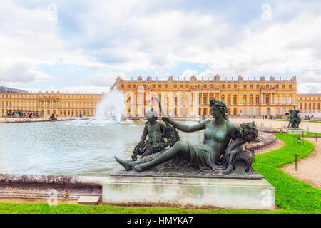 VERSAILEES, FRANCE- JULY 02, 2016 : Ponds(Water Parterres), statues in front of the main building of the Palace - Stock Photo