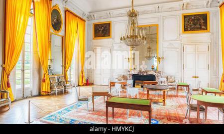 Versailles france july 02 2016 head main entrance for Salon de versailles 2016