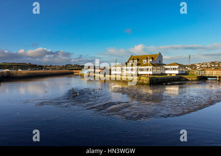 West Bay, Dorset, UK.  7th February 2017.  UK Weather.  The Riverside Restaurant next to the river Brit on a sunny - Stock Photo