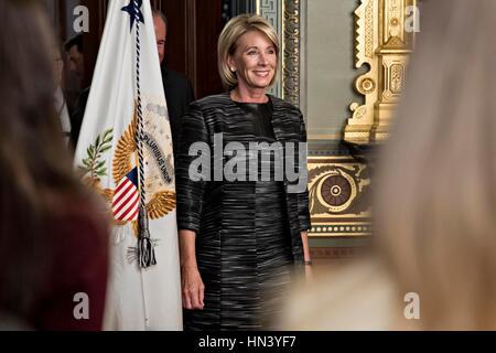 Washington DC, USA. 7th February, 2017. Betsy DeVos, United States Secretary of Education, arrives to be sworn in - Stock Photo