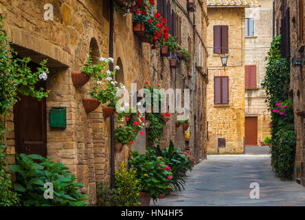 Pienza, a town and comune in the province of Siena, in the Val d'Orcia in Tuscany (central Italy), between the towns - Stock Photo