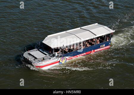 Mr Ducks Boat Tour