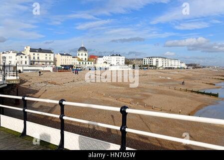 Marine Parade Worthing seafront  Sussex UK - Stock Photo