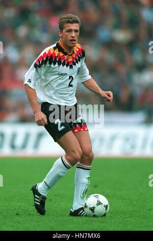 THOMAS STRUNZ GERMANY & VFB STUTTGART FC 07 June 1994 - Stock Photo