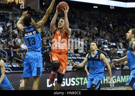 Berlin, Germany. 8th February, 2017. Action from the EuroCup Top 16 BasketballAlba Berlin (blue kit) vs Valencia - Stock Photo