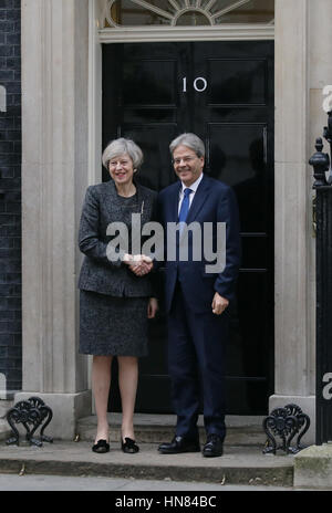 London, UK. 9th Feb, 2017. British Prime Minister Theresa May (L) meets with Italian Prime Minister Paolo Gentiloni - Stock Photo