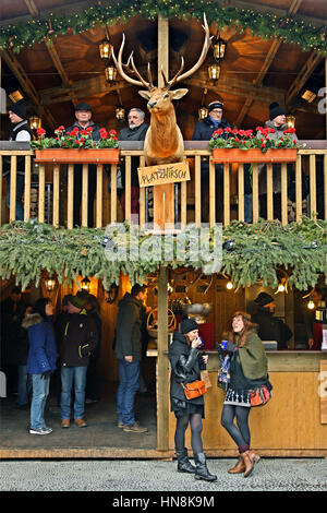 Café in a Christmas market in the Old Town (Altstadt) of Bern city, Switzerland. - Stock Photo